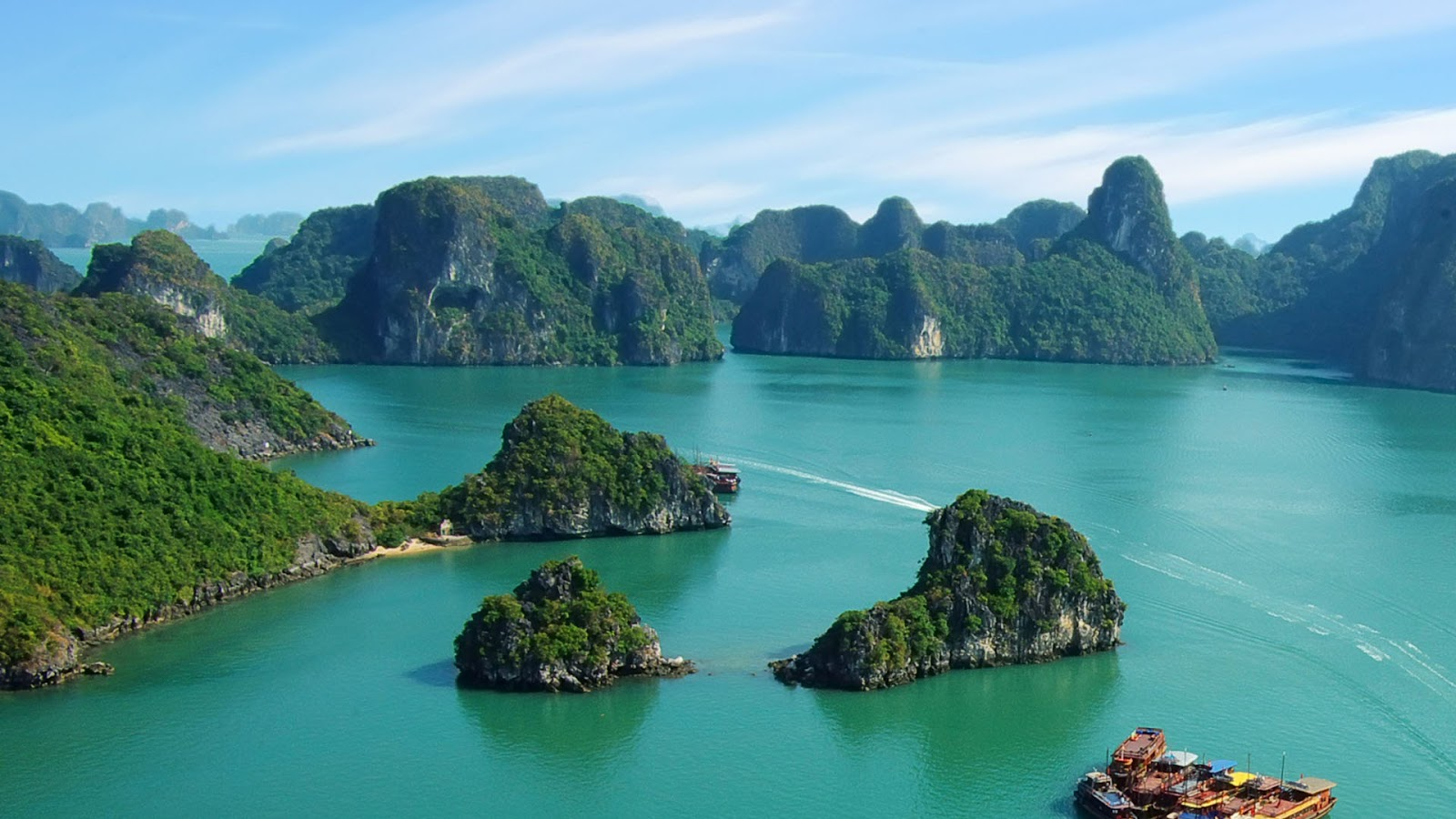 10 best places must to visit in vietnam the vietnam tourism for Top ten places to vacation